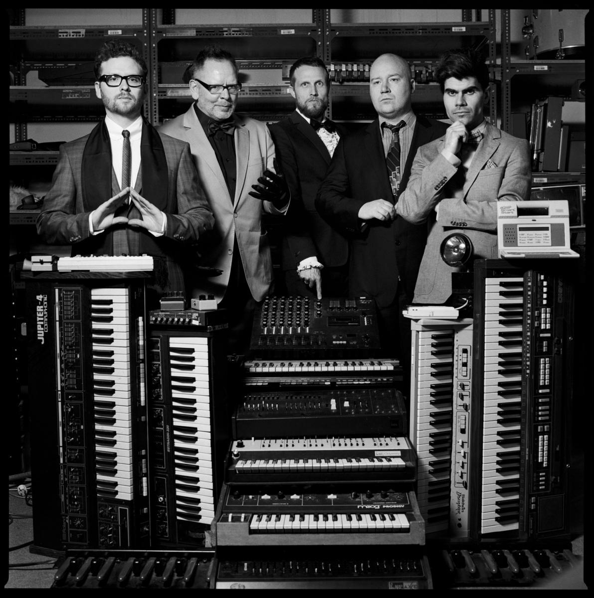 Apparat Organ Quartet - 123 Forever - YouTube